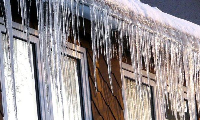 Schneeschutz für das Dach: Schutz vor Eis & Schnee